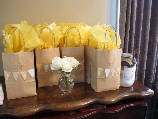 Giveaway bags for bridal shower